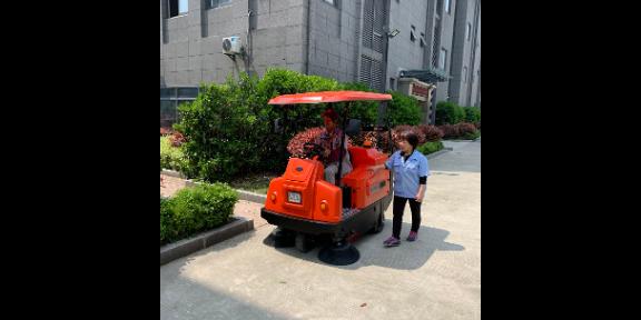 镇江砖厂清扫车扫地机批发 无锡优尼斯清洁设备供应