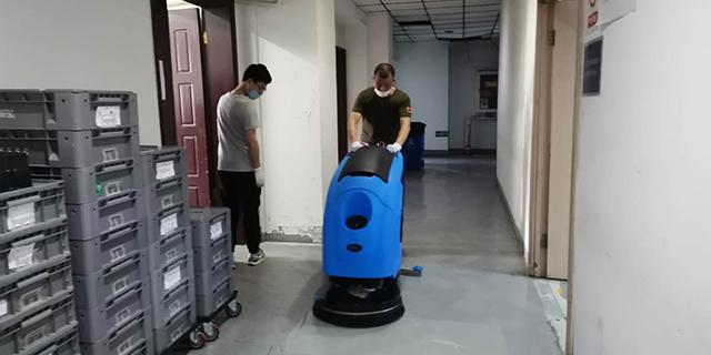 烟台驾驶室扫地机厂家 无锡优尼斯清洁设备供应