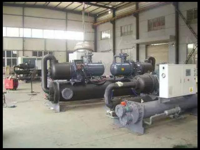 濟源水源熱泵中央空調機組更換冷凍油