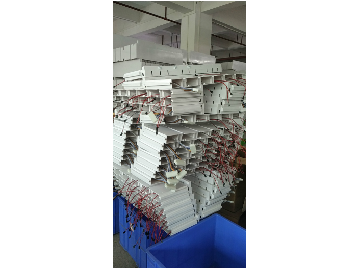 无锡无人自助售货机怎么样 上海鑫颛信息科技供应