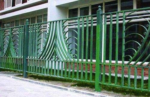 石河子铁艺护栏标准