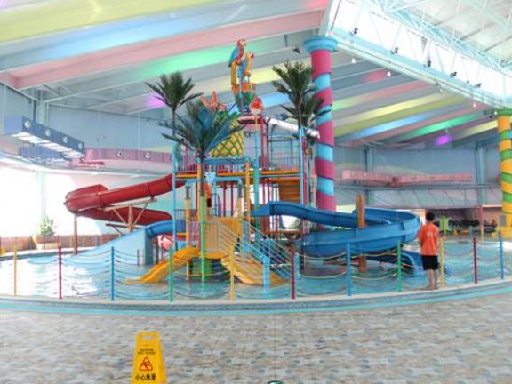 大型水上滑梯定做 歡迎來電「廣州鑫灝游藝設備供應」
