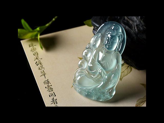 北京翡翠绿色挂件