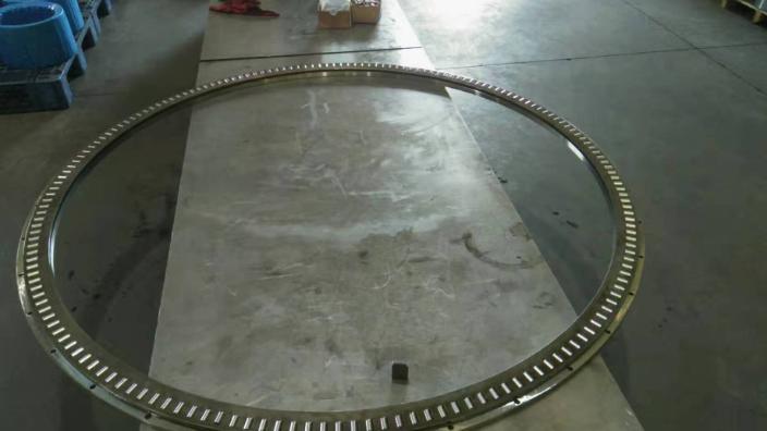河南圓錐沖壓保持架生產廠家「洛陽訊煜機械供應」