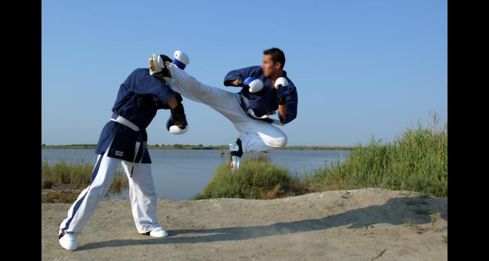 广州男子拳击擂台多少钱