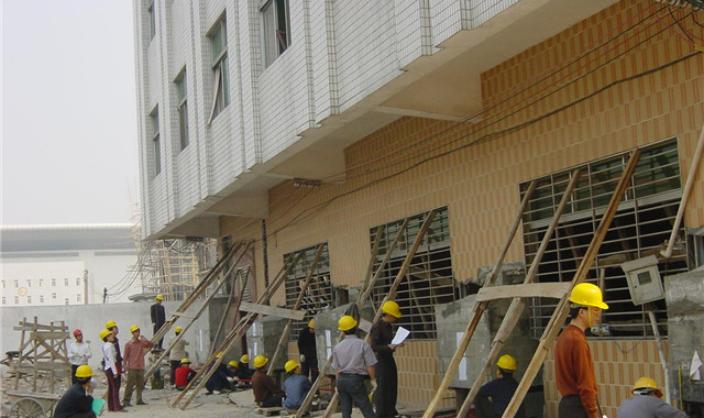 基础加固建筑物纠倾原因