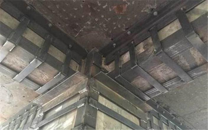 汉川外包型钢加固施工工法