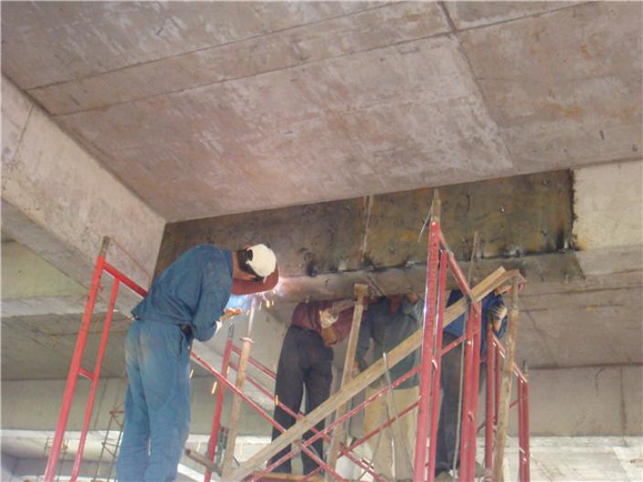 赤壁建筑包钢加固