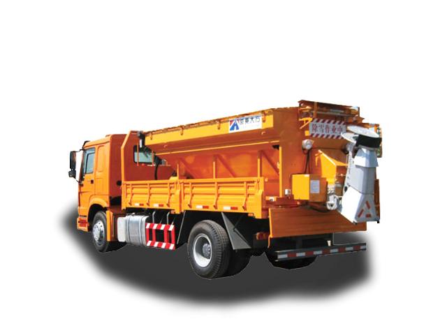 河南机场除雪车推荐「河南远东大方道路养护设备供应」
