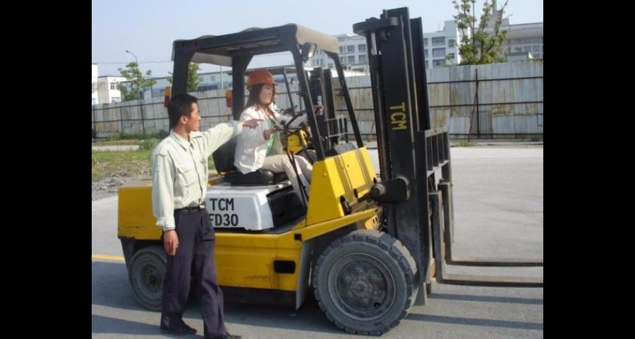 南京挖机特种工考证报名费