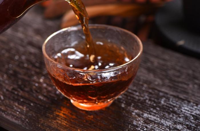 云南大雪山普洱茶批发公司 有口皆碑 云南逸仕缘普洱古树茶厂家供应