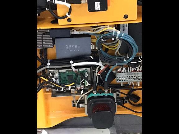 深圳專注控制器廠家 服務為先 深圳易行機器人供應