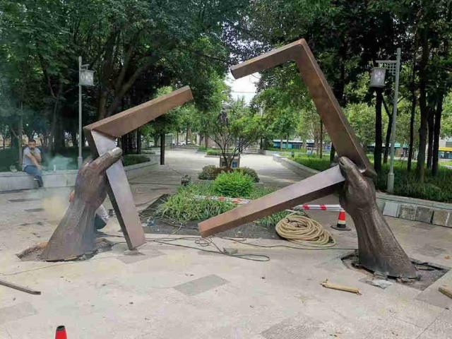 马鞍山动物铜雕塑公司