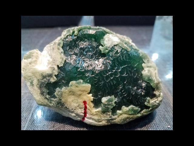 瑞麗山巖玉翡翠原石批發商哪家靠譜 歡迎來電「云南振滇商貿供應」