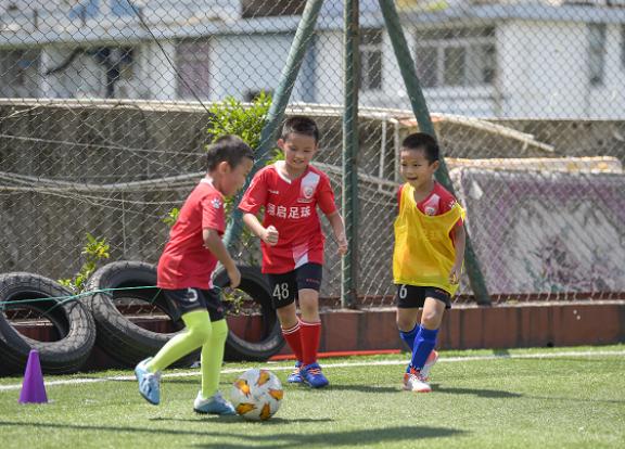 罗湖文锦小学足球培训班好不好,足球培训