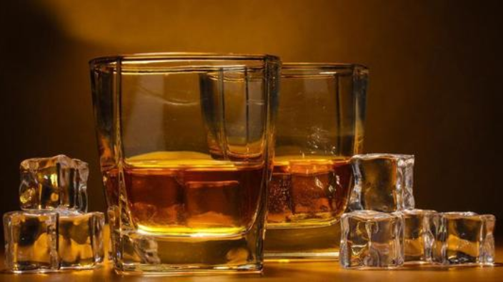 山西经典威士忌生产厂家 诚信经营 山东玲珑酒业供应