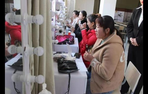 云南美容师培训学校在哪里 昆明远达技能培训学校供应 昆明远达技能培训学校供应