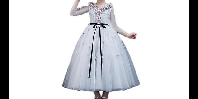 吉林礼服,礼服