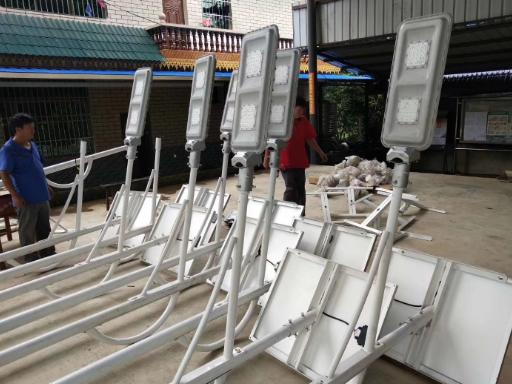 昆明风力太阳能发电灯系统厂家 云南禹君太阳能发电供应