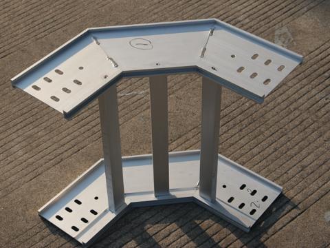 水平桥架制造代理商 推荐咨询 上海扬迅电气设备供应