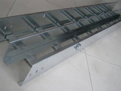 上海梯式热镀锌桥架销售 信息推荐「上海扬迅电气设备供应」