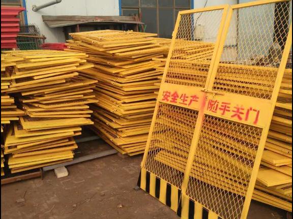 云南物料施工电梯租赁费 云南紫力融建筑工程供应