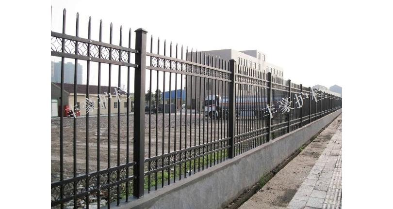 上海工廠廠區護欄公司