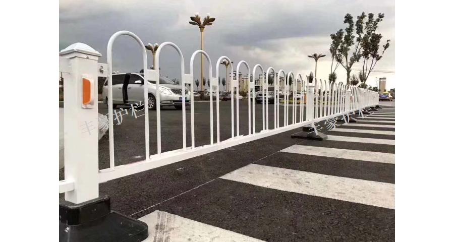 昆山学校道路护栏定制 欢迎来电「苏州丰豪五金筛网制品供应」