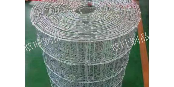 新疆球场围栏网厂家 新疆草叶金属制品供应
