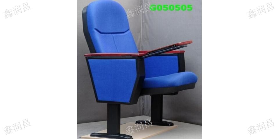 多媒体教室桌椅工厂安装