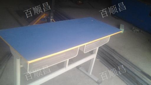 贵阳高中课桌椅批发 货架厂家 贵州百顺昌钢结构供应