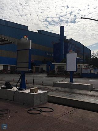 寧夏鋼鐵企業使用通道門式輻射檢測設備