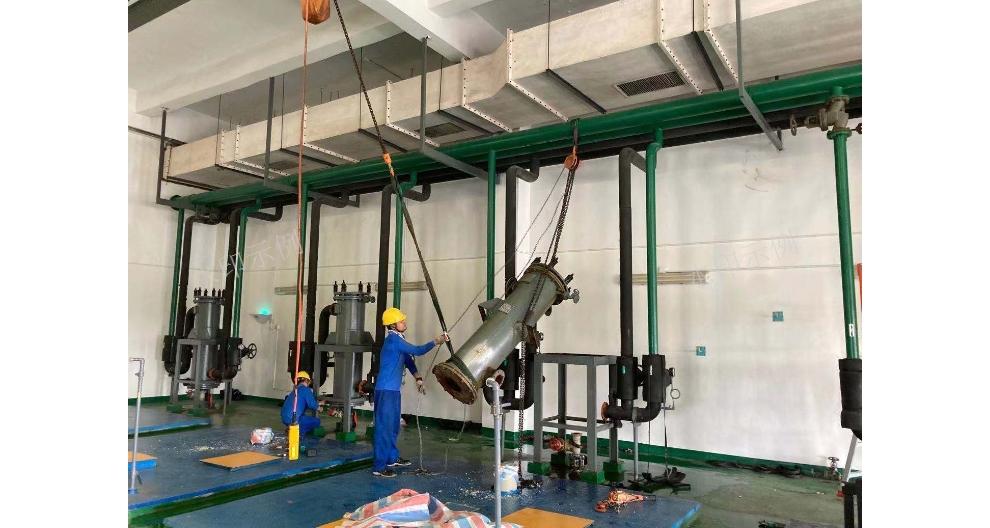 上海大型设备起重吊装方案 昆山安磐装卸搬运供应