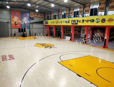 克拉玛依篮球馆木地板厂商「新疆力巨尚体育用品供应」