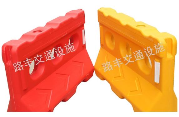 塑料水馬廠家直供「云南路豐交通設施供應」