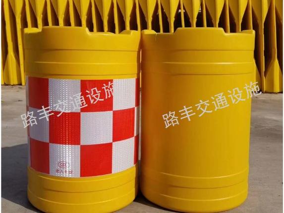 云南护栏防撞桶订做,防撞桶