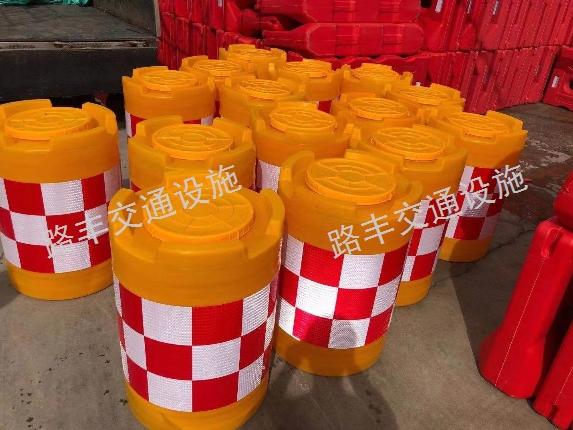 电杆防撞桶厂 云南路丰交通设施供应