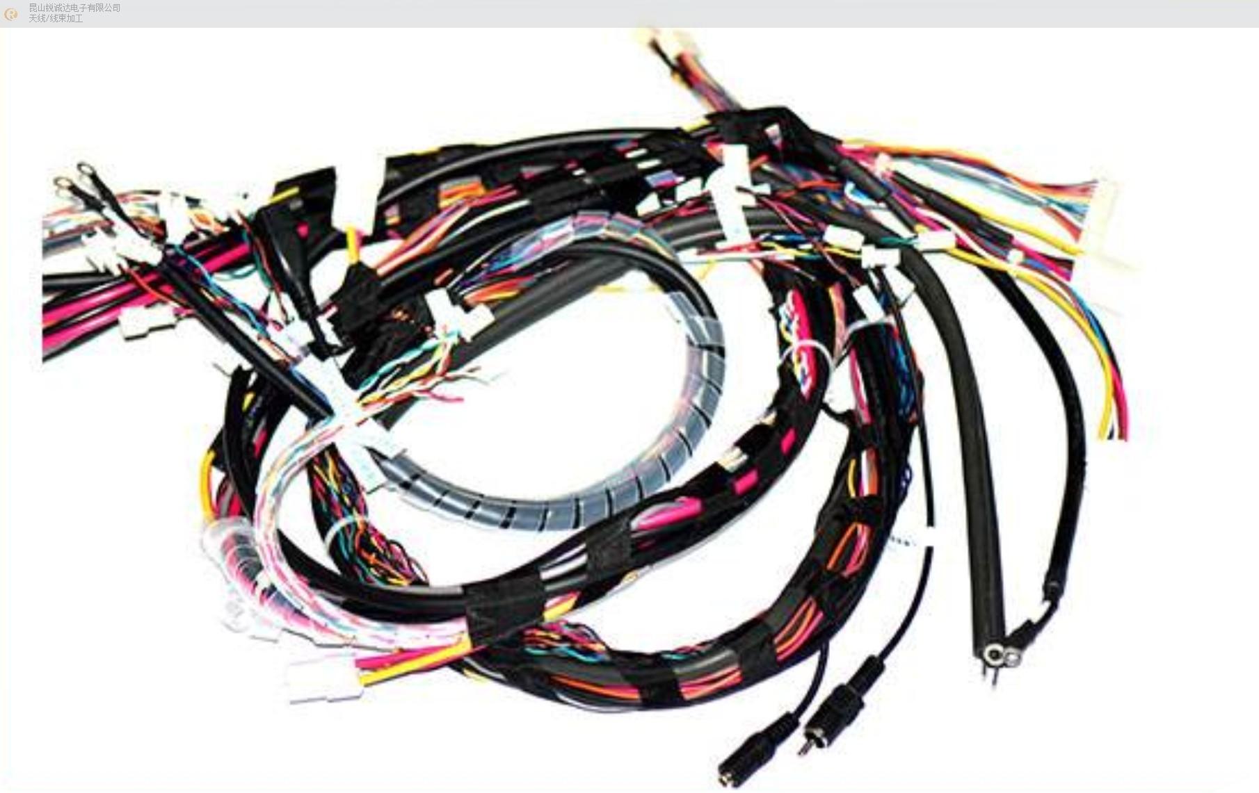 福建台式电脑连接线有几种,电脑连接线