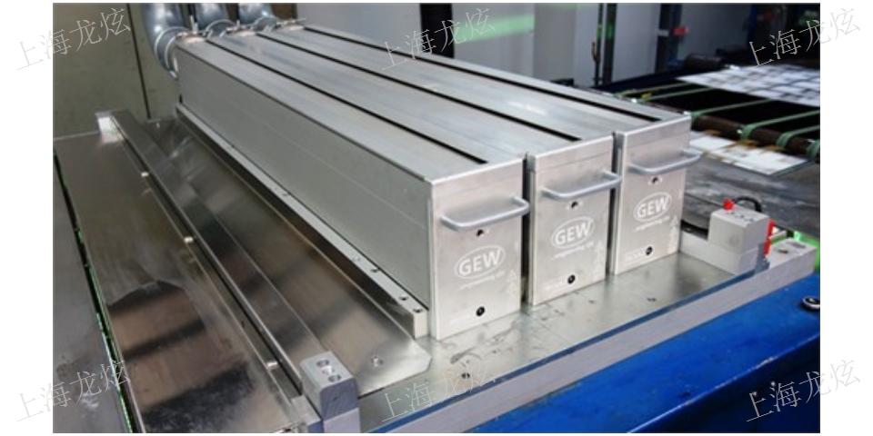 深圳喷绘固化设备供货厂 诚信经营「龙炫供」