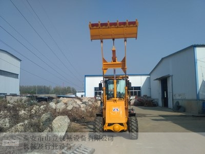 白沙装载机报价「泰安市山立机械设备供应」