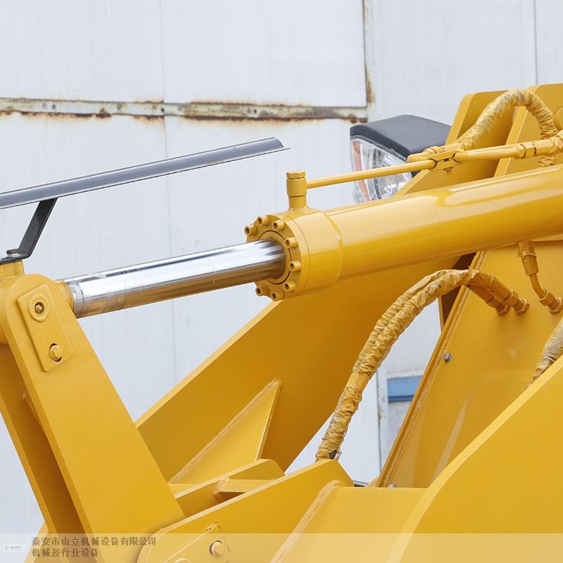 宜春全回转铲挖一体机 泰安市山立机械设备供应