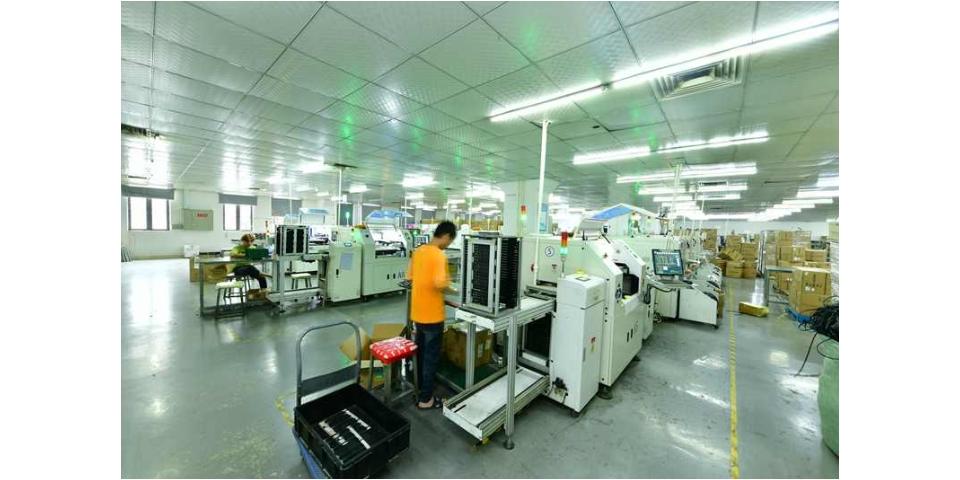 惠州双面LED屏解决方案 欢迎咨询「中山市鸿泰智慧显示科技供应」